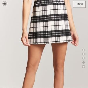 Wool Plaid Skirt 😍